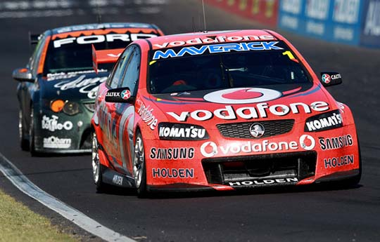 Whincup and Reynolds Bathurst 2012
