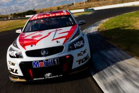 Holden Racing Team racing colours (front)
