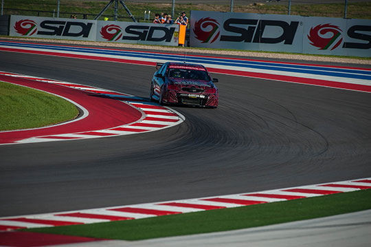 V8-Supercars-first-lap-around-Circuit-of-The-Americas