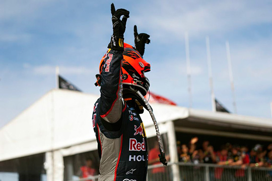 Jamie Whincup celebrates his race 12 victory in Perth