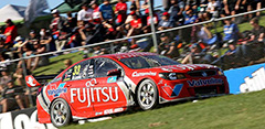 Scott McLaughlin #33 Fujitsu Racing Holden Commodore