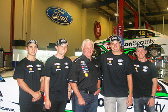 Dale Wood and Ash Walsh join DJR for the 2012 V8 Supercars endurance rounds