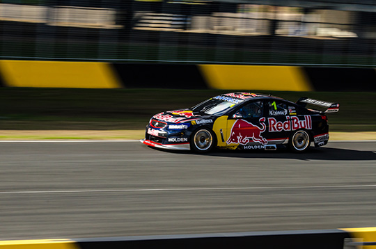 Flat out round Sydney Motorsport Park