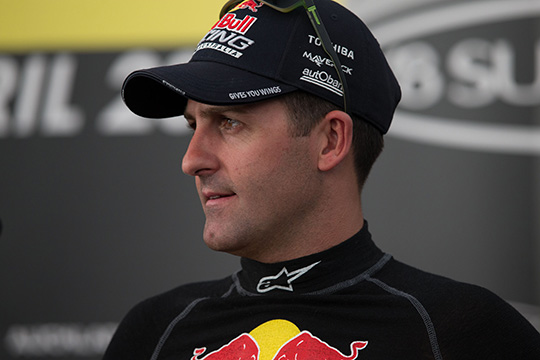 Jamie Whincup Extends Contract with Triple Eight Race Engineering