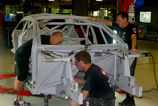 DJR build up its spare chassis for Wall