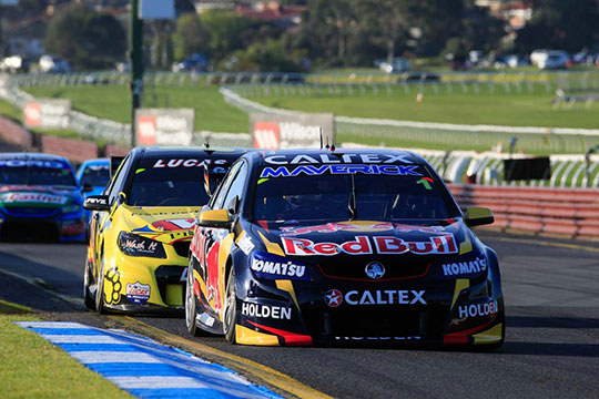 Jamie Whincup wins the second qualifying race to take pole at the Sandown 500