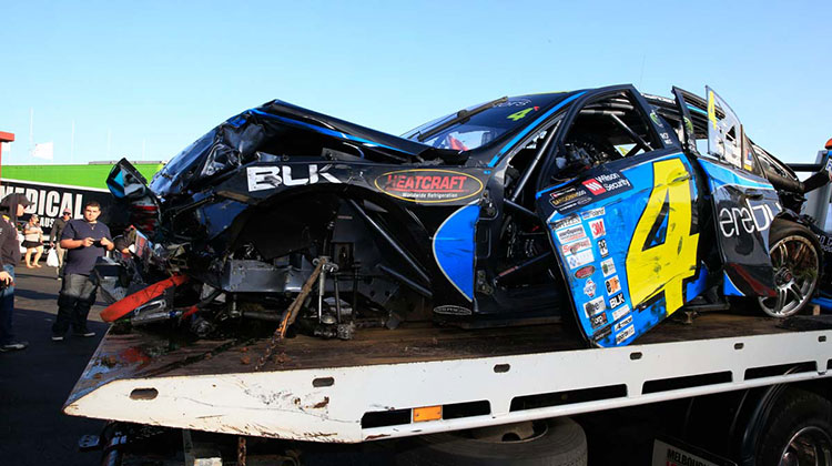 The Holdsworth/Baird Mercedes after the Sandown 500 crash