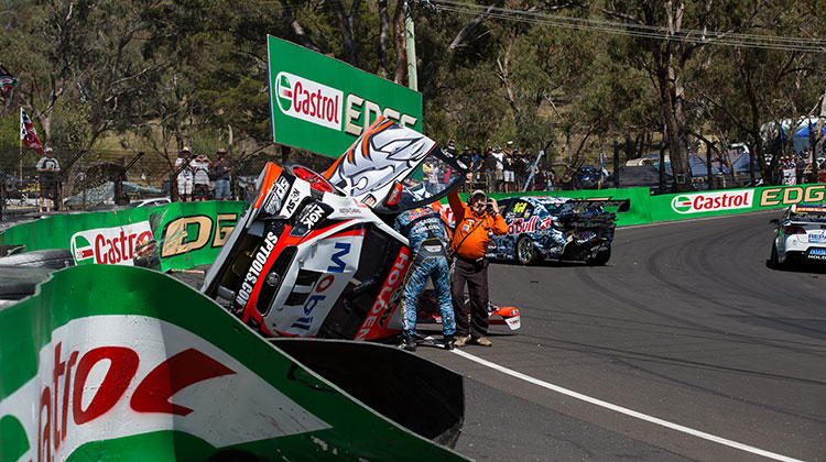Warren Luff crash Bathurst 1000
