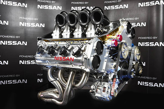 nissan-v8-engine