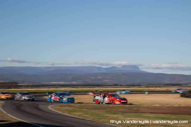 V8SC Symmons Plains Tasmania