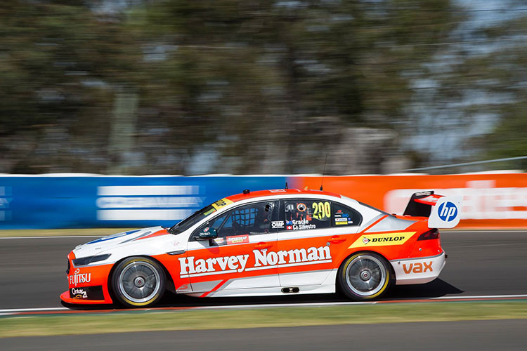 Harvey Norman Supergirls 2015 Bathurst 1000