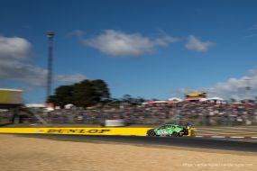 V8 Supercars at Symmons Plains, Tasmania – Photo: Rhys Vandersyde